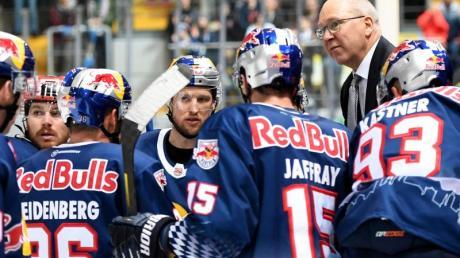 Der EHC Red Bull München hat nach der vorzeitig abgebrochenen DEL-Saison weitere Personalentscheidungen getroffen.