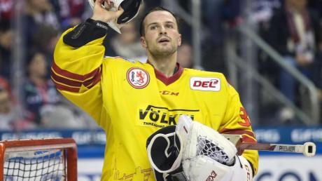 Verlässt nach fünf Jahren und 211 Spielen die Düsseldorfer EG: Goalie Mathias Niederberger.