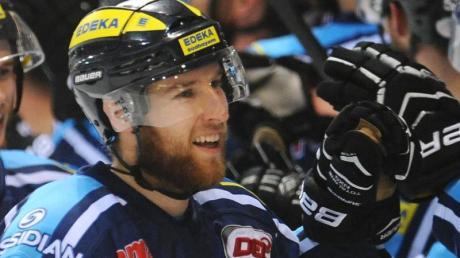 Wechselt zu den Krefeld Pinguinen in die Deutsche Eishockey Liga: Robert Sabolic.