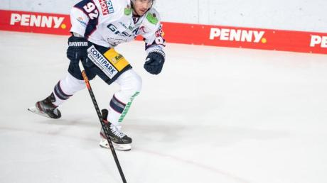 Eisbären-Stürmer Marcel Noebels wurde erneut zum «Spieler des Jahres» in der DEL gewählt.