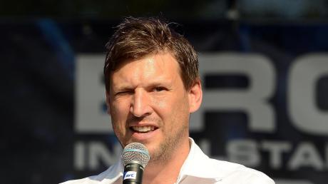 Wird wohl als Geschäftsführer des ERC Ingolstadt abgelöst: Claus Gröbner.