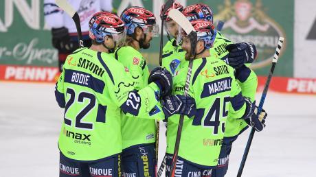 Fünf Treffer in den ersten 20 Minuten: Die Akteure des ERC Ingolstadt kamen im Heimspiel gegen die Nürnberg Ice Tigers aus dem Jubeln zunächst gar nicht mehr heraus.