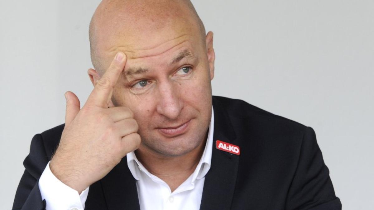 Klaus Hofmann fc augsburg klaus hofmann weinzierl hat uns über schalke anfrage