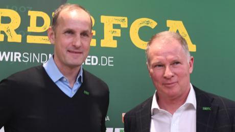 Der neue FCA-Trainer Heiko Herrlich (links) wurde am Dienstag von Stefan Reuter (rechts)präsentiert.