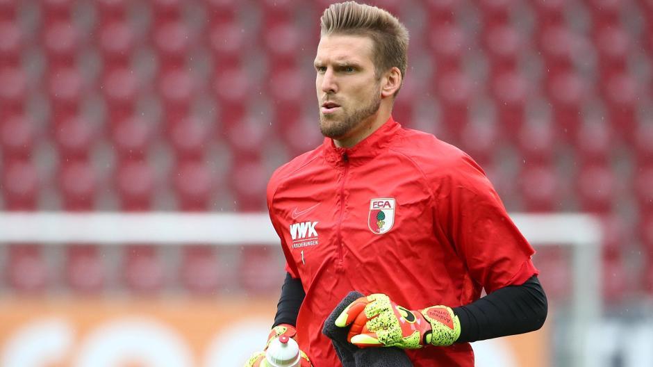 Andreas Luthe wird den FC Augsburg nach vier Jahren verlassen.