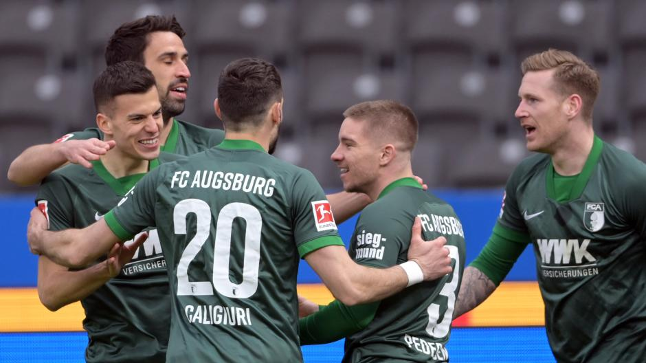 FCA-Mittelfeldspieler László Bénes traf in der zweiten Spielminute zum 1:0 gegen Hertha.