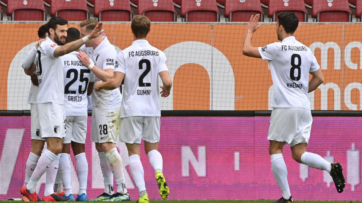 Der FCA macht gegen Hoffenheim einen großen Schritt
