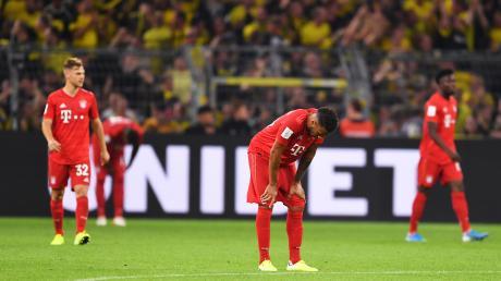 Bayerns Spieler zeigen sich nach dem 0:2 gegen Dortmund enttäuscht.