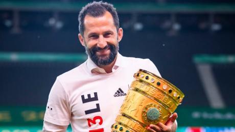 Wenigstens kurz konnte sich Hasan Salihamidzic über den Sieg im DFB-Pokal freuen. Nun aber stehen schon die nächsten Aufgaben an. Es dürfte ein äußerst intensiver Transfersommer für den Sportvorstand werden.