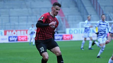 Sein Einsatz ist offen: Ob Stefan Kutschke beim Spiel des FC Ingolstadt in Dresden dabei sein kann, entscheidet sich kurzfristig.