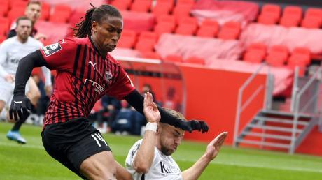 Kein Durchkommen: Caniggia Elva und der FC Ingolstadt bissen sich am SV Meppen die Zähne aus und kamen nicht über ein 0:0 hinaus. Damit blieben die Schanzer im dritten Spiel hintereinander sieglos.