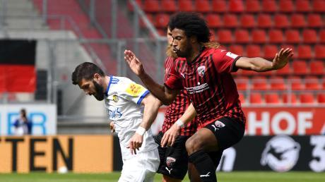 Keine Durchschlagskraft: Caiuby (rechts) und der FC Ingolstadt erzeugten gegen Saarbrücken kaum Gefahr und kamen nicht über ein 0:0 hinaus.
