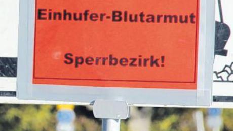 Ausgedient haben die Warnschilder, die auf den jetzt aufgehobenen Sperrbezirk in Wulfertshausen und Teilen von Stätzling hingewiesen haben.