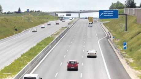 Seit der Verkehr sechsspurig über die Autobahn rollt, häufen sich auch in den Ortsteilen von Odelzhausen die Klagen über zunehmenden Lärm.