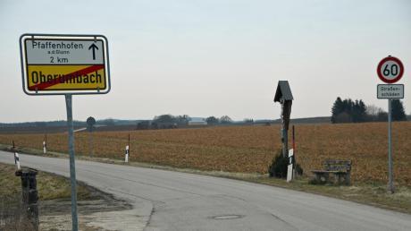 Die Straße von Pfaffenhofen nach Oberumbach wird saniert. Die Kosten der Arbeiten werden auf etwa 172000 Euro geschätzt.