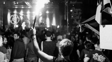 ufgrund der Corona-Krise und des damit verbundenen Verbots von Großveranstaltungen bis zum 31. August wird das Musikfestival Noisehausen in Schrobenhausen verschoben.