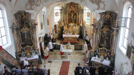 Prächtig renoviert ist die Gebenhofener Kirche mit dem neuen Volksalter.