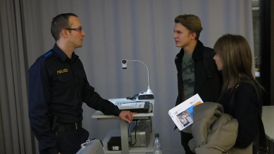 Job speed dating Augsburg gratis zevende dag Adventist dating websites