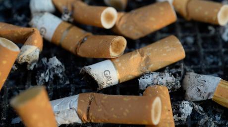 Die Polizei erwischte zwei 16-Jährige beim Rauchen.