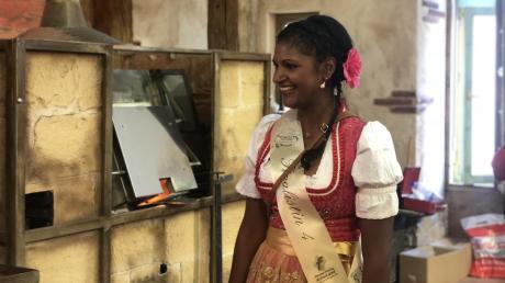 Sushila Sara Mai aus Kissing wurde Dritte bei der Wahl zur Weißwurstkönigin 2018.