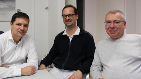 Die Belegärzte der Friedberger Geburtshilfe: (von links) Dr. Radu Rizea, Klaus Wiegand und Boris Kargol. Das Aus der Geburtshilfe in Aichach habe auch die werdenden Mütter in Friedberg verunsichert, berichten sie.