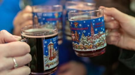Am Wochenende wird auf dem Babenhauser Weihnachtsmarkt mit Glühwein angestoßen.
