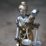 Ein 39-Jähriger wird am Amtsgericht Aichach zu einer Geldstrafe verurteilt.