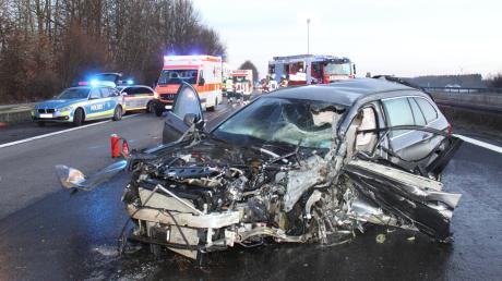 Tödlich verunglückte am Sonntag ein 82-jähriger Mann aus dem Landkreis Aichach-Friedberg. Er war 40 Kilometer auf der A9 als Geisterfahrer unterwegs.