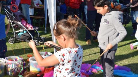 Das beliebte Spielfest in Mering findet in diesem Jahr erstmals auf dem Freizeitgelände am Badanger statt.