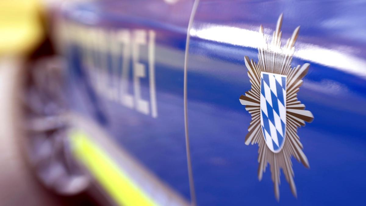 Unbekannter wirft Ei auf fahrendes Auto - Augsburger Allgemeine