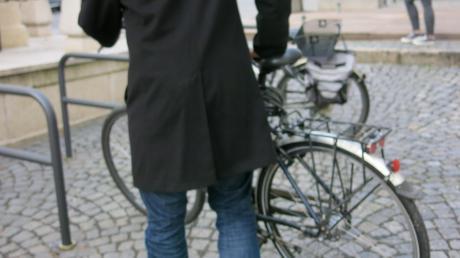 Die neuen Fahrradständer in der Innenstadt bekommen Lob von den Fachleuten.