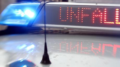 Auf der B17 in Augsburg gab es am Dienstagmorgen auf Höhe Leitershofen einen Unfall, die Bundesstraße wurde zunächst gesperrt. Später gab es einen weiteren Unfall - und Stau.