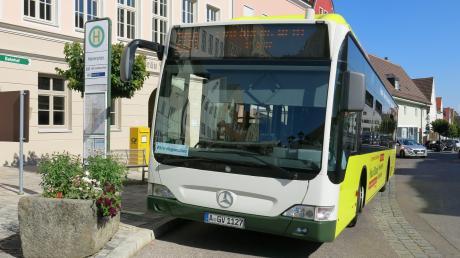 Durch die Friedberger Innenstadt fahren ab Dezember jede Stunde acht Busse des AVV. Die Anbindung zur Straßenbahn wird besser.