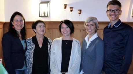 Die Grünen haben in Eurasburg einen eigenen Ortsverband gegründet. Unser Bild zeigt (von links) die Landtagsabgeordnete Christina Haubrich, das Vorstandtrio Mathilde Renner-Redl, Julia Gasteiger, Elli Wagner und Landratskandidat Stefan Lindauer.