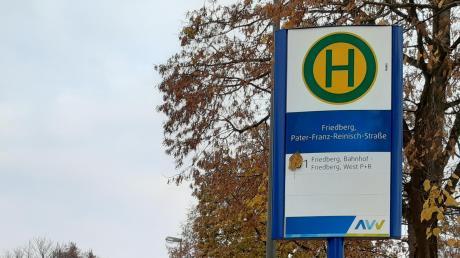 Ab Dezember steuert die Buslinie 201 die Pater-Franz-Reinisch-Straße an. Damit ist der Friedhof Herrgottsruh von der Innenstadt aus angebunden.
