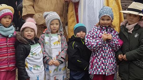 Der Nikolaus macht am Wochenende Station auf dem Eurasburger Christkindlmarkt.