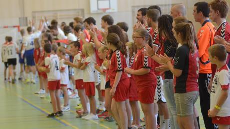 Können die Nachwuchs-Handballer SV Mering künftig noch kostenlos in den kommunalen Sporthalle trainieren? Mit dieser Frage befasstes sich jetzt der Finanzausschuss des Marktgemeinderats.