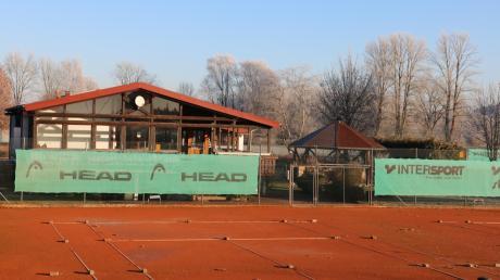 Der Kissinger Tennis-Club will eine neue Halle bauen, damit auch im Winter mehr Mitglieder spielen können.