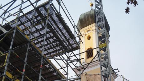 Zwei Jahre lang war die Wallfahrtskirche Maria Kappel eingerüstet, nun zeigt sie sich mit frischem Anstrich.