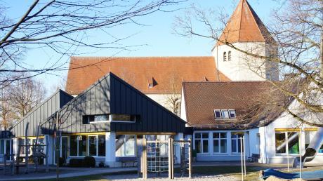 Die Kirche will den in die Jahre gekommenen Kindergarten St. Afra abreißen und durch einen Neubau ersetzen.