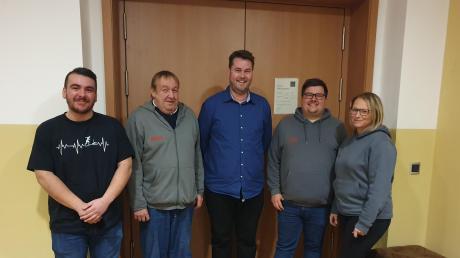 Der Vorstand der Eursaburger Stockschützen: (von links nach rechts) Simon Mirthes, Jürgen Thalhofer, Falk Redl, Sebastian Mirthes, Angie Diamilla.