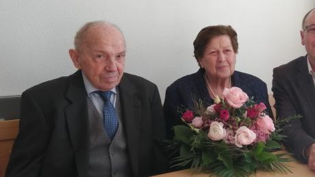 Rosa und Adolf Kölnsperger aus Eismannsberg feierten kürzlich ihr 60-jähriges Hochzeitsjubiläum.