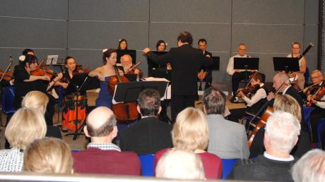 Das Friedberger Kammerorchester bescherte rund 100 Gästen in Ottmaring einen musikalischen Leckerbissen.