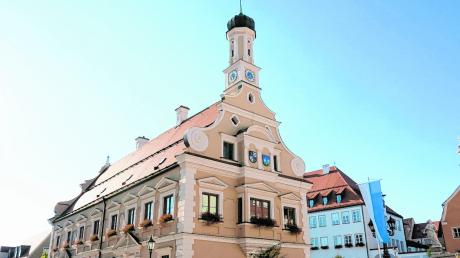 In der Corona-Krise heißt es im Friedberger Rathaus gut zusammenhalten.