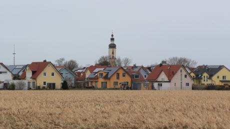 Die Gemeinde Merching ist noch immer ländlich geprägt. Doch auch hier macht sich das starke Wachstum im Landkreis-Süden bemerkbar.