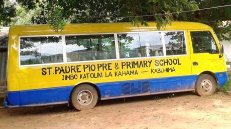 Aufgrund der zahlreichen Spenden aus Friedberg gibt es in Kabuhima nun einen Schulbus.