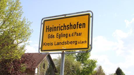 Die Gemeinde Eglings im Landkreis Landsberg bittet darum, den Ortsteil Heinrichshofen vorübergehend an das Wassernetz in Schmiechen anzuschließen. Der eigene Brunnenbau wurde durch Corona verzögert.