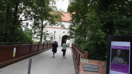 """""""Gut gemacht und übersichtlich"""" – von den Besuchern der Landesausstellung in Aichach und Friedberg gibt es größtenteils Lob. Doch Gastronomen äußern sich zurückhaltend."""