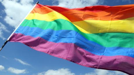 In Thalfingen wurde die Regenbogenflagge gestohlen.