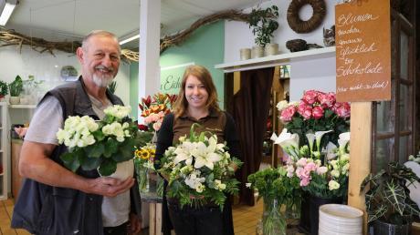 Den Lockdown nutzten Jakob Eichele und seine Mitarbeiterin Julia Hirschberger, um ihren Blumenladen in Herrgottsruh aufzufrischen. Sie freuen sich, dass die Kunden ihnen die Treue gehalten haben und jetzt wiederkommen.